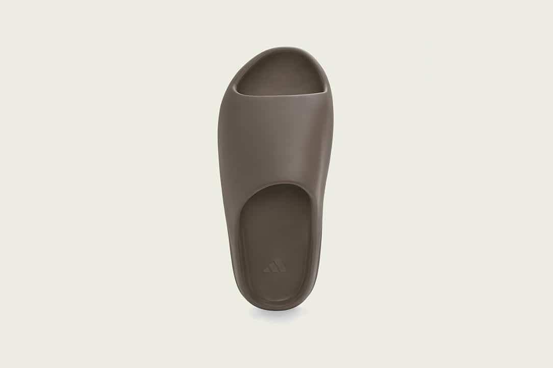 Adidas-Yeezy-Slide-Soot-Hover-View