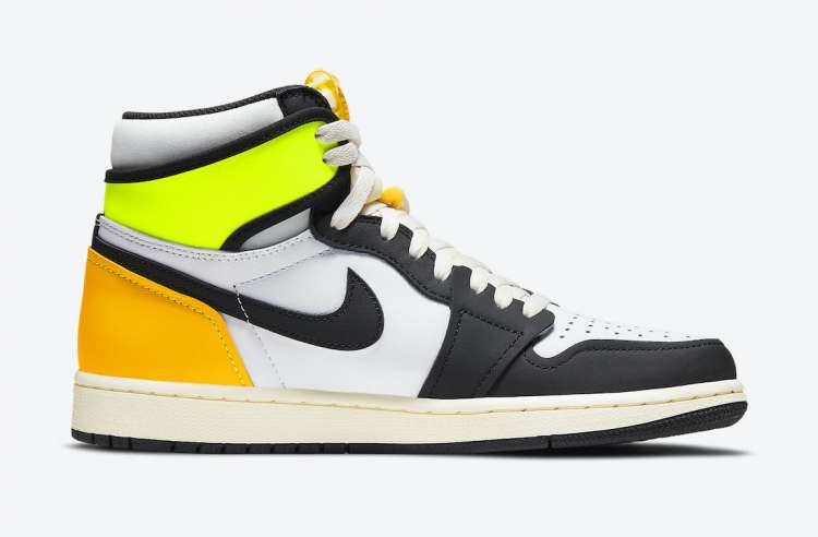Air-Jordan-1-High-OG-Volt-Gold-Side-View