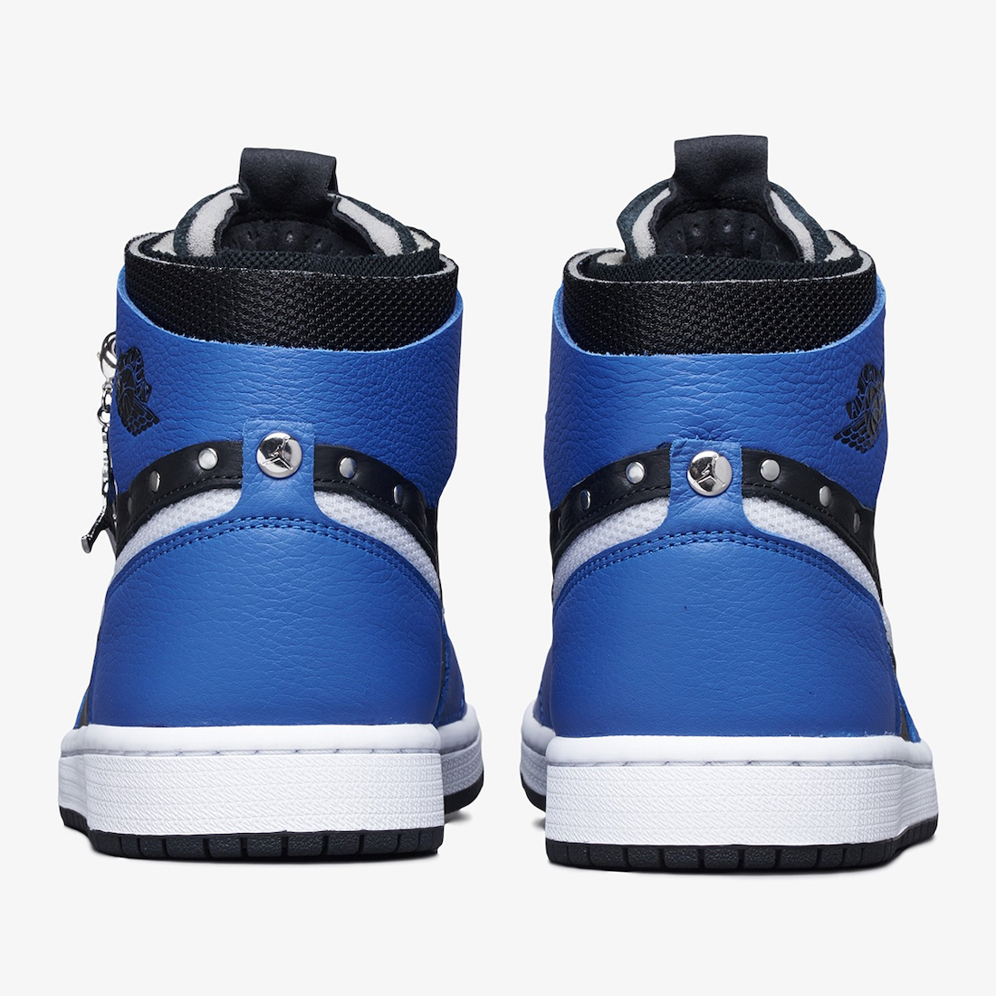 Air-Jordan-1-Zoom-Comfort-SE-Sisterhood-Rear-View