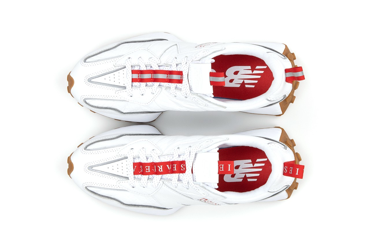 Aries-New-balance-327-White-Hover-View