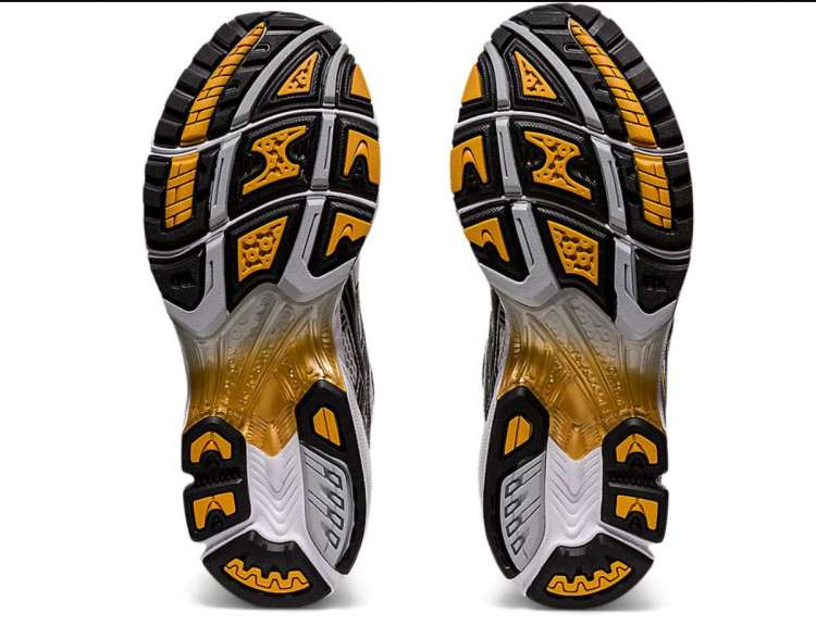 Asics-UB1-S Gel-Kayano-12-Pure-Gold-Outsole