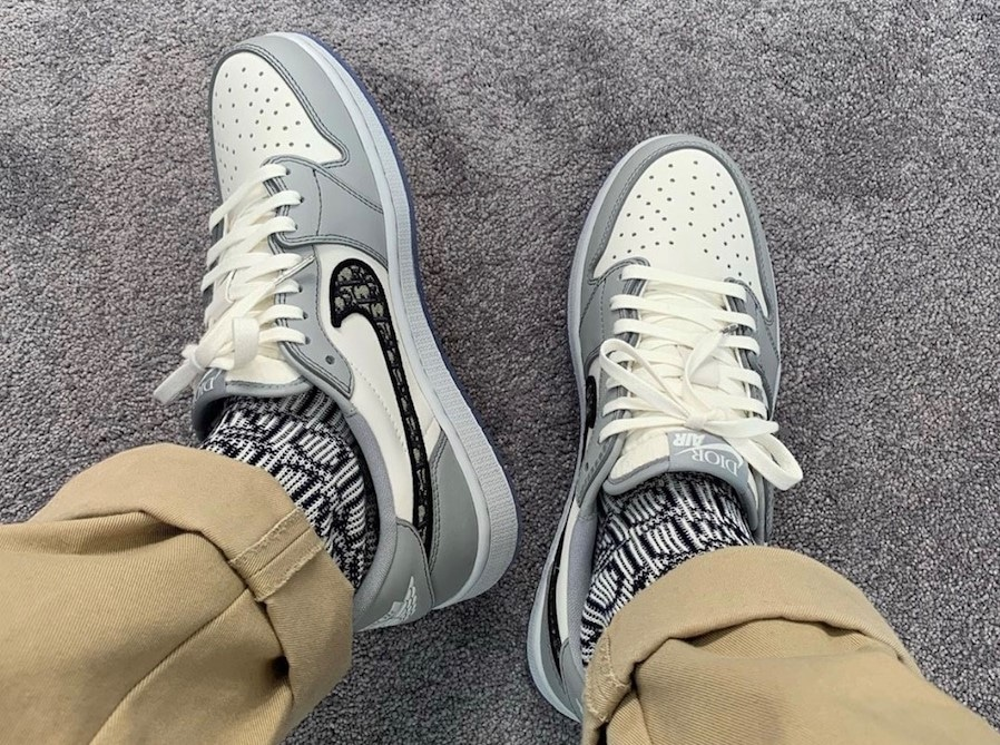 Dior-Air-Jordan-1-Low-On-Feet