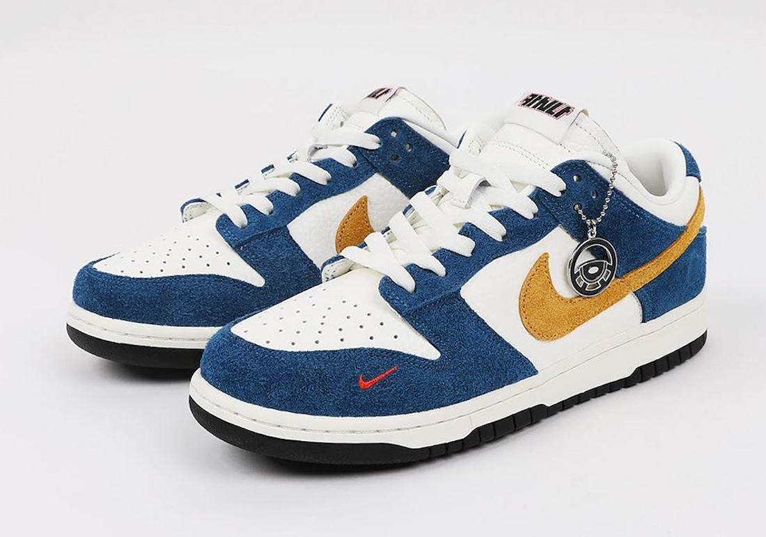 Kasina-Nike-Dunk-Low-Industrial-Blue-Full-View