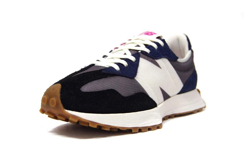 New-Balance-327-Castle-Rock-Frontal-View