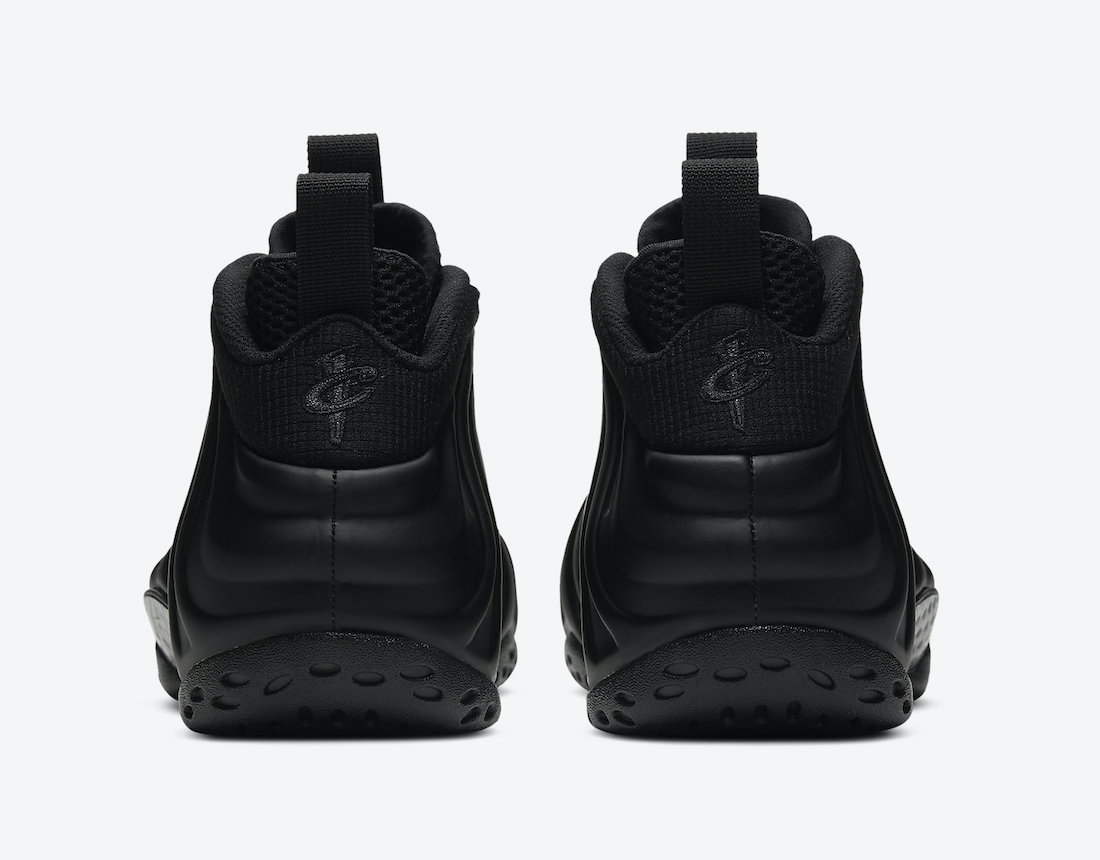 Nike-Air-Foamposite-One-Anthracite-Rear-View