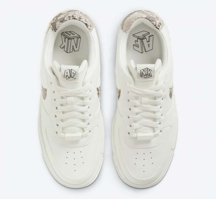 Nike-Air-Force-1-Pixel-Snakeskin-Hover-View