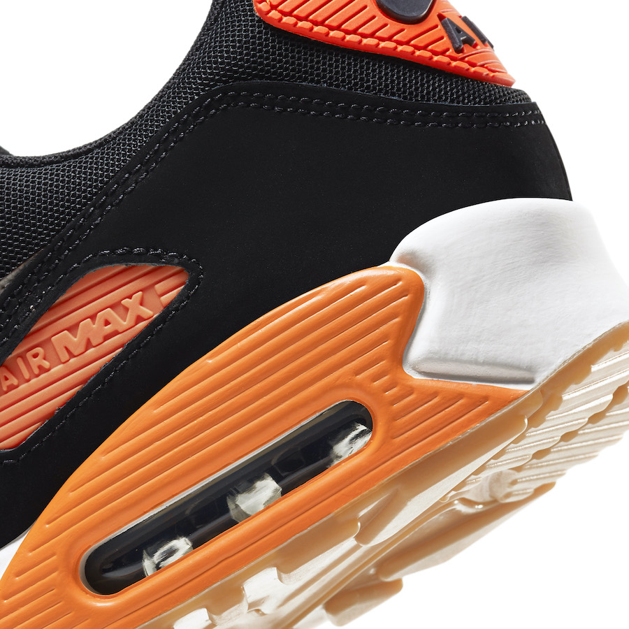 Nike Air Max 90 Safety Orange sole view