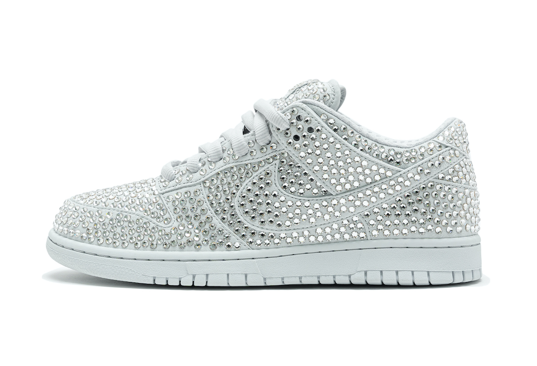 Nike-Dunk-Low-Cactus-Plant-Flea-Market-Pure-Platinum-Side-View