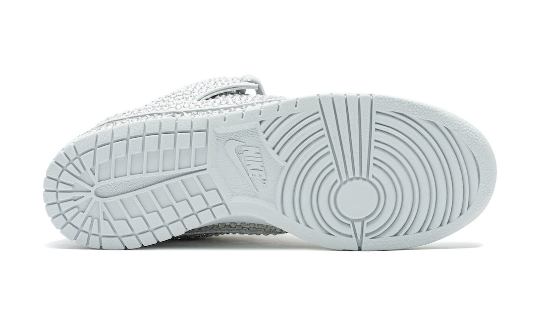 Nike-Dunk-Low-Cactus-Plant-Flea-Market-Pure-Platinum-Outsole
