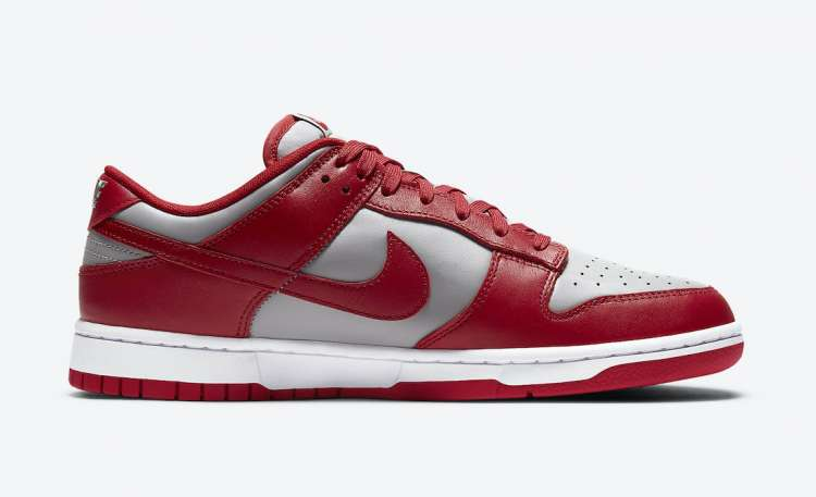 Nike-Dunk-Low-UNLV-Side-View