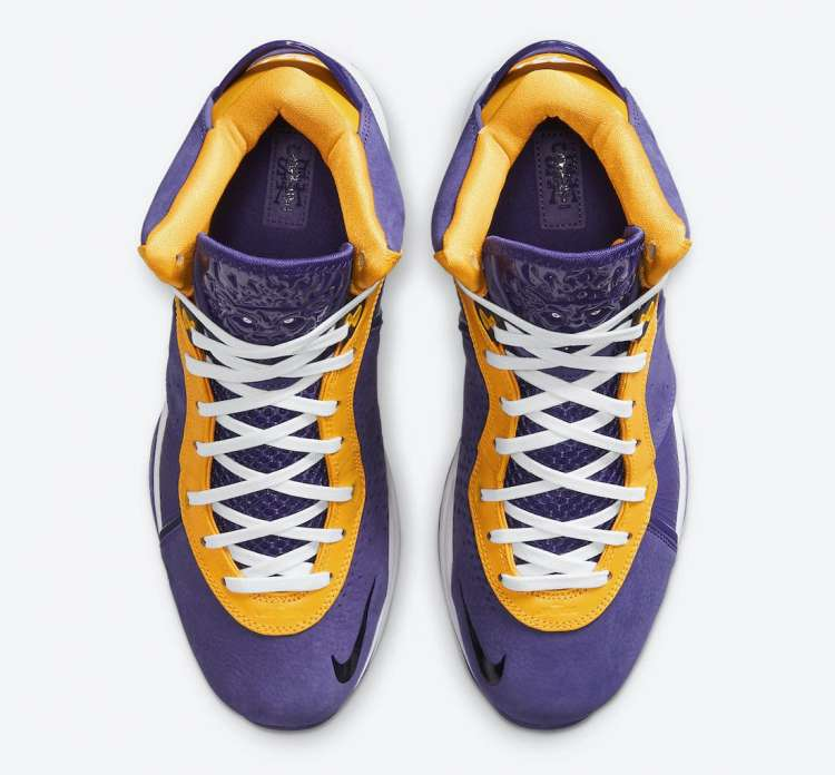 Nike-LeBron-8-Lakers-Hover-View