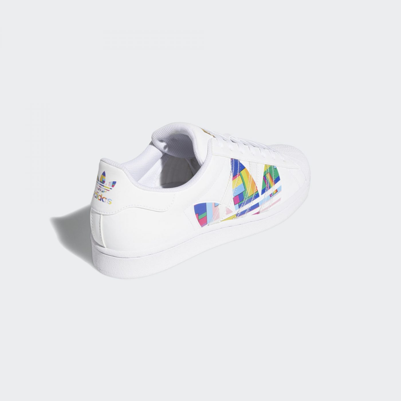 Adidas-Superstar-Pride