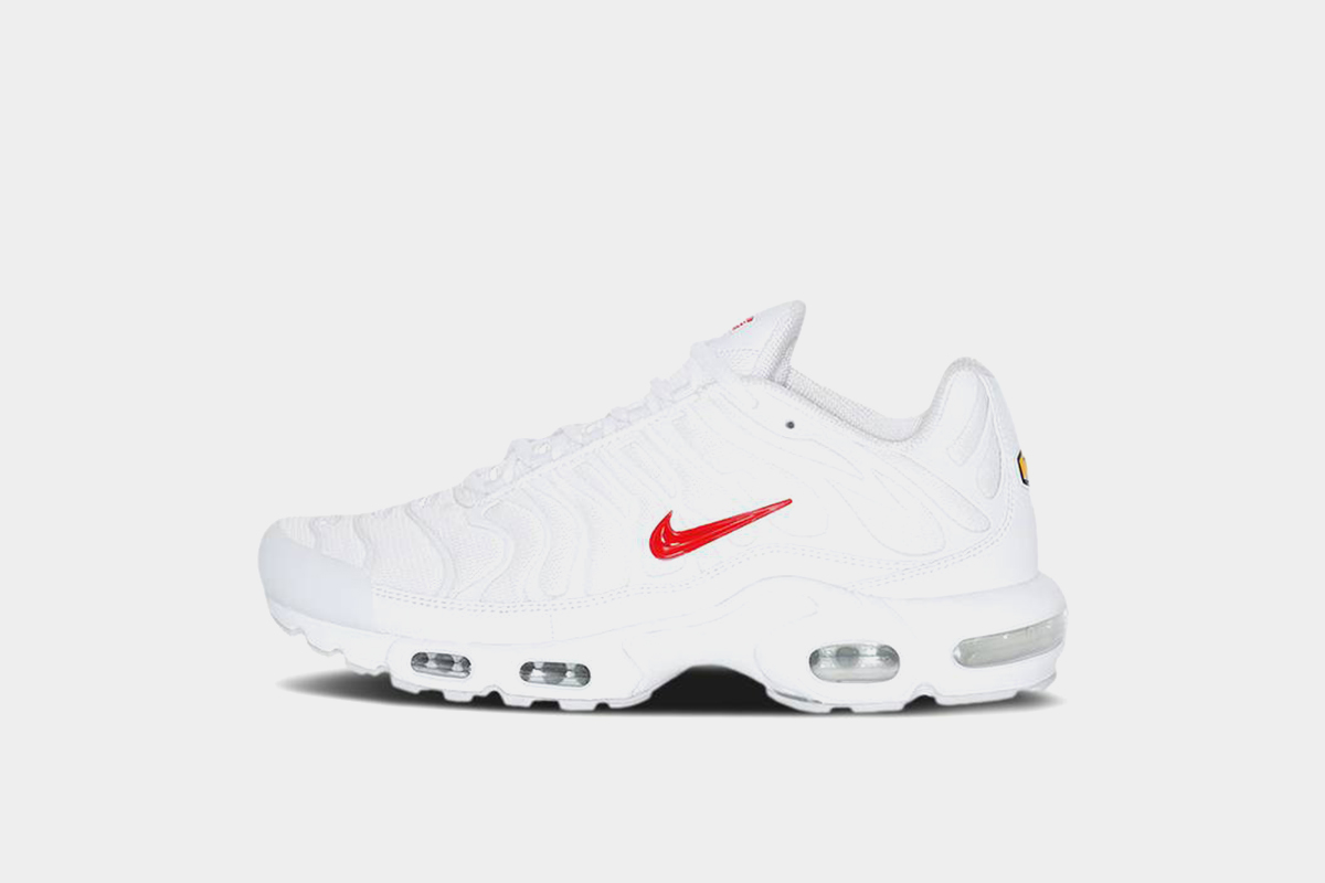 Supreme x Nike Air Max Plus White Release Date and Resell ...